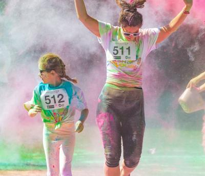 Help Hospice Care at Dash Colour Explosion!